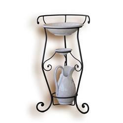 Letto in ferro fatto a mano sedie tavolini e luci in - Mobile bagno ferro battuto ...